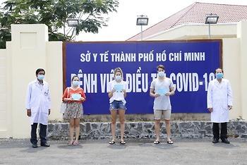 Thêm 3 bệnh nhân COVID-19 được chữa khỏi, tỉ lệ khỏi bệnh ở Việt Nam đạt 50%