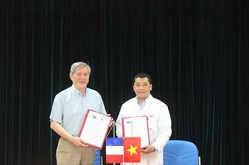 Bệnh viện K ký thỏa thuận hợp tác với Hội ung bướu thần kinh Pháp