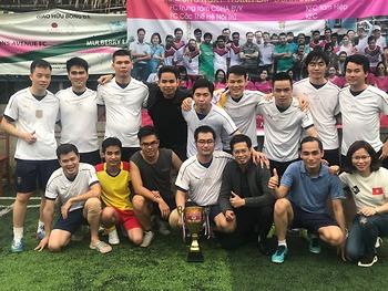 Giải bóng đá nam