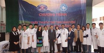 Bệnh viện K, Hội Thầy thuốc trẻ Việt Nam khám, phát thuốc miễn phí, tặng quà cho 1000 người dân tại Điện Biên