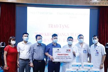 50.000 khẩu trang y tế tiếp sức cán bộ y tế Bệnh viện K chống dịch COVID-19