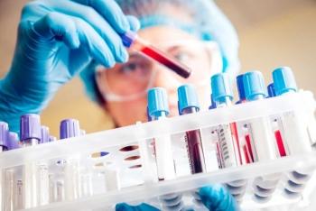 Xét nghiệm máu phát hiện ung thư – Nên hay không?